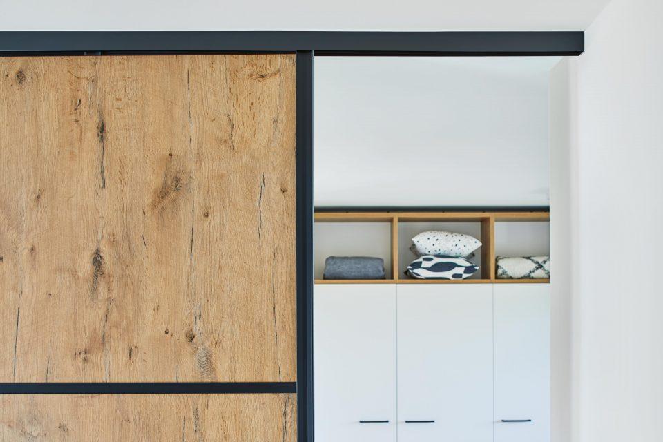 Metal and wood lend an urban flair